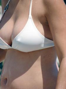 Greece-pregnant-beach-girls-x6-b7dsxqp31h.jpg